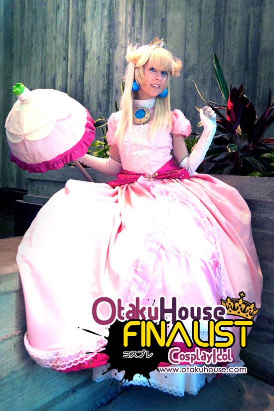 Otaku House Cosplay Contest Finalist - Alli White as Princess Peach Cosplay