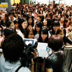 Tatsuya Fujiwara fans waiting for the man to appear