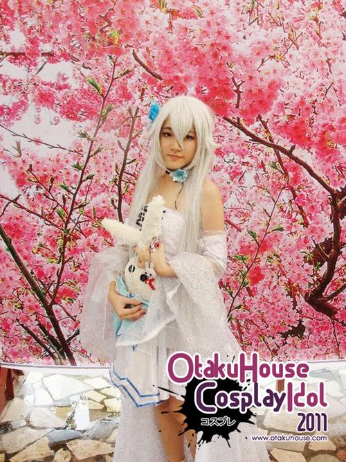 20.Milk - white Alice In Pandora Hearts(635 likes)